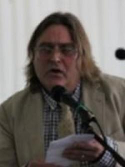 Dr Simon Mouatt